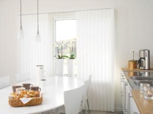 Vertikalanlagen Lamellen 1 Sonnenschutz Innenbereich Köln